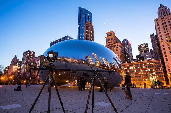 The Lynx system extended to 48 inches (122 cm) in length and supported by two Gitzo carbon fiber tripods. Location: Millennium Park, Chicago