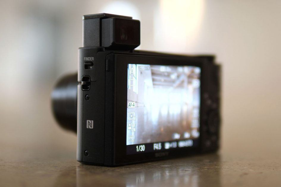 sony-rx100-vi-viewfinder
